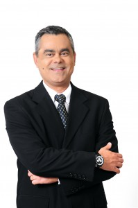 Sócio da FLG Orientação Financeira e da Target Agentes Autônomos de Investimentos. Professor Universitário de Economia e Finanças.